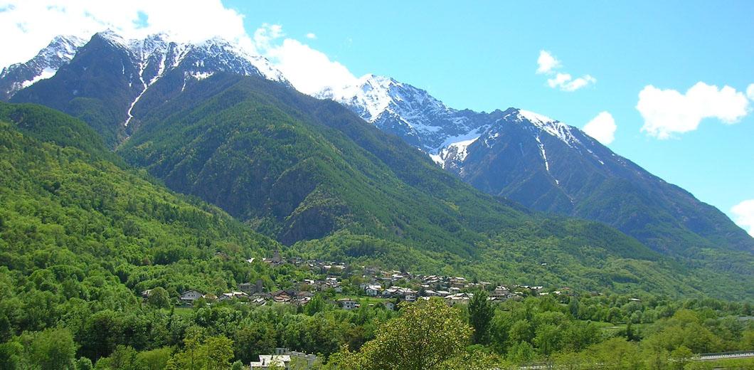 Saint Marcel e le sue montagne
